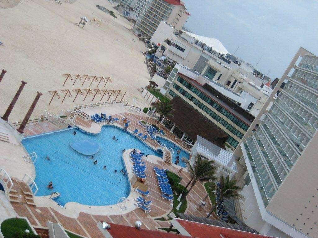 Krystal Resort Cancun - Best Family Friendly Resorts