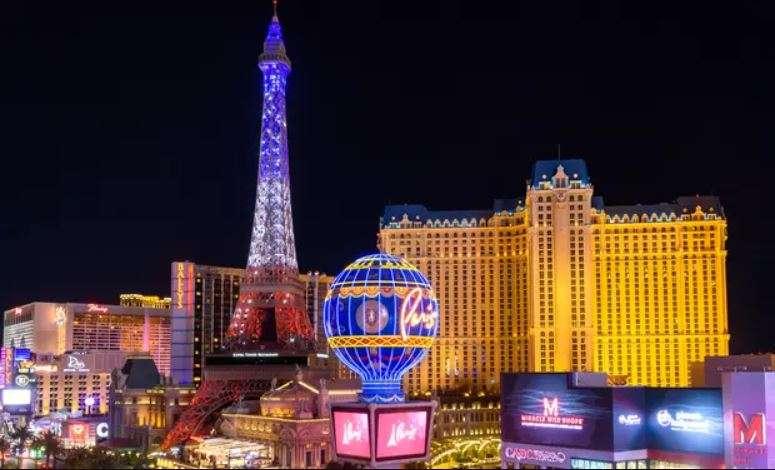 Paris Hotel Las Vegas - Warm Weekend Getaways